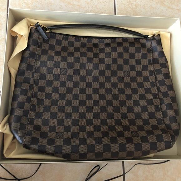 e6ea7a180060 Authentic Louis Vuitton Portobello PM